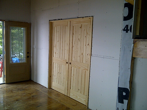 AMISH CUSTOM DOORS ( WWW.DOORSDOORSDOORS.COM CUSTOM MADE / BUILT / MILLED  SLIDING KNOTTY PINE INTERIOR DOORS