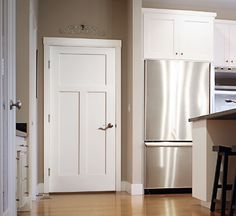 CRAFTSMAN CLEAR PINE PREHUNG INTERIOR DOORS