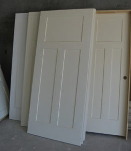 CRAFTSMAN INTERIOR DOORS Primed And Ready To Paint